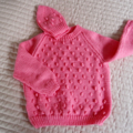 SIZE 3-4yrs: Jumper in Coral with matching beanie: washable, fashionable