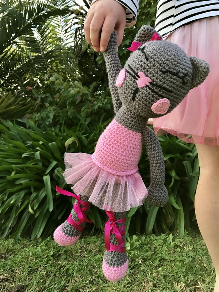 Ballerina cat doll crochet pattern | Cat doll, Crochet patterns ... | 933x700