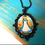 Art Pendant - Alice in Wonderland