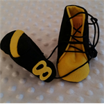 Pure wool hand stitched baby shoes / booties - Footy boots - Richmond
