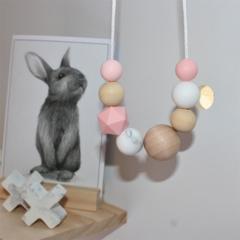 Silicone Nursing Necklace Mum Jewellery BPA FREE Rose Quartz & Natural Wood
