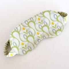 Reversible Sleep Mask:  Green loop design with green backing