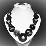 Beaut Buttons - Black Pearl  button necklace