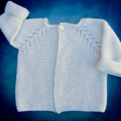 Gorgeous Hand Knitted Cardigan in Cream Pure Wool, fits 3-4 years