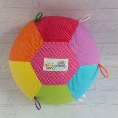 Balloon Ball: Rainbow Micro dot. Taggie.