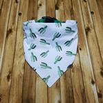 Dog bandan, pet bandana, medium bandana, cactus bandana, collar bandana.