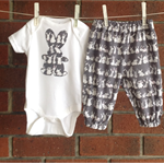 UNISEX BUNNY OUTFIT, pants and bodysuit, size 3 6 12 18 months outfit
