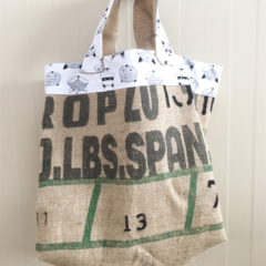 Recycled Coffee Burlap Grocery/Shopping Tote/Bag - White Foxes