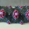 Beautiful Diamond Pattern Seed Bead Bracelet