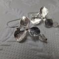 SilverFlowers with Swarovski Raindrops - on nickel free ball