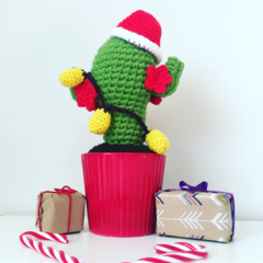 Crochet cactus with Santa hat and fairy lights