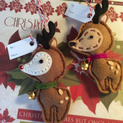 Christmas gift tags.Set of 2 100% wool Reindeers. Free shipping