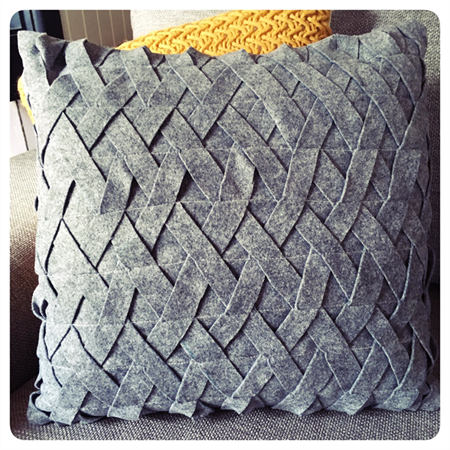 GREY DAWN FELT CUSHION