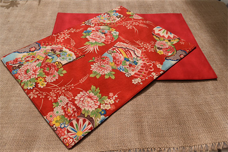 Red Placemat - Set of 4 - Kimono Fan