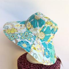 Retro Blue & Yellow Reversible Sun Hat - Girls / Ladies, floral flower daisy