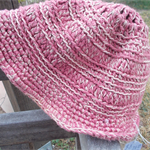 Crocheted summer hat, 100% cotton. rose pink with cream