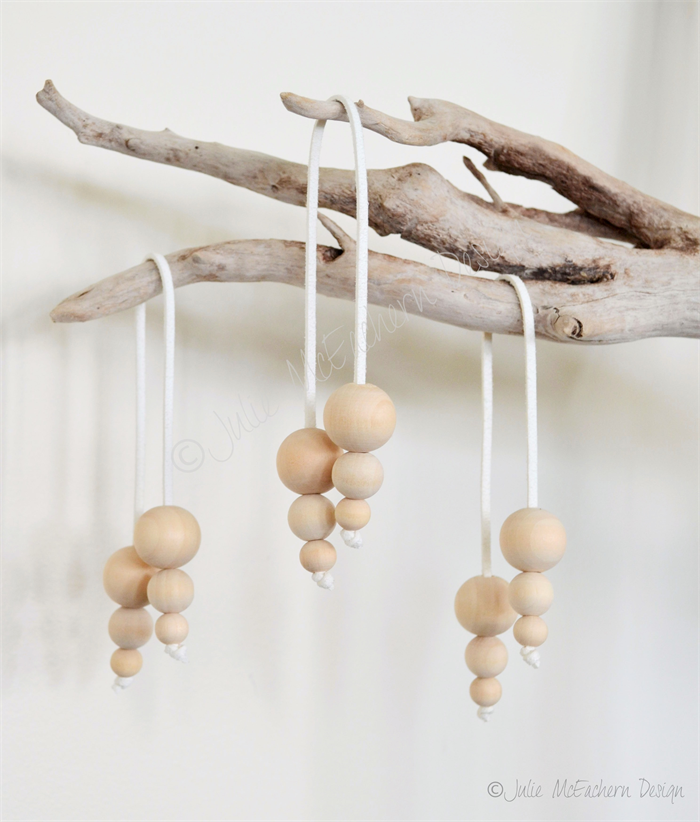 3 X Wood Wooden Bead Christmas Bauble Decoration Vegan Friendly