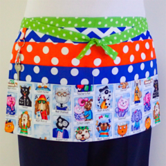 Teacher daycare preschool vendor craft half apron with 6 pockets - Teachers Pet