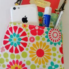 Bag organizer - WHITE - FLOWER / travel bag / wristlet