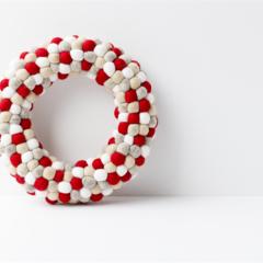 Christmas Holiday Felt Ball Wreath. Christmas decor. Red Grey Natural White