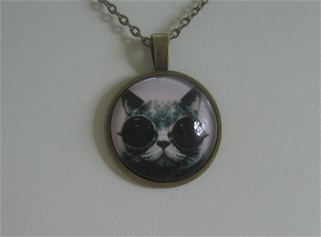 Pewter Cabochon Necklace