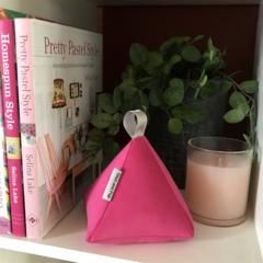Doorstop pyramid design Pink Velvet