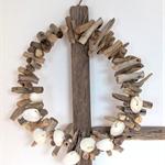 Driftwood Wreath for a beach Christmas