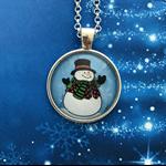 Frosty  | Christmas theme pendant | Choose silver or bronze | XM003