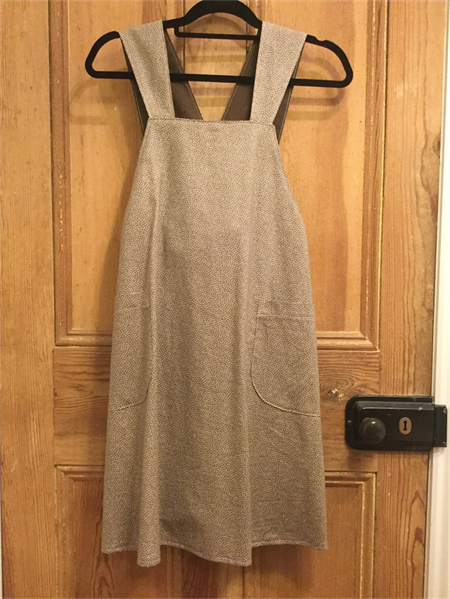 Japanese apron, Latte & brown contrasting lining, small, size 8/10
