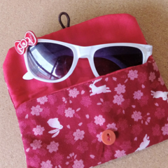 KIDS / PADDED POUCH - RED - RABBIT & SAKURA / Glasses case