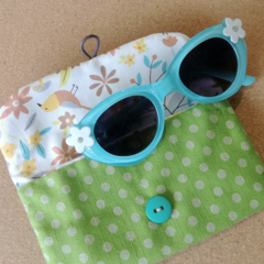 KIDS / PADDED POUCH - GREEN - POLKA DOT / Glasses case / FREE SHIPPING