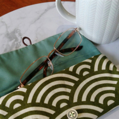 PADDED POUCH - GREEN - WAVE / Glasses case