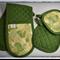 Green Camo pot mitt and holders set