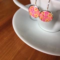 Free Postage!  Pink floral Resin Earrings