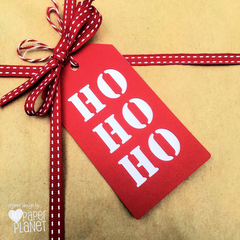 HO HO HO Christmas gift tags. Red and white Xmas gift tags. Gift wrapping tags.