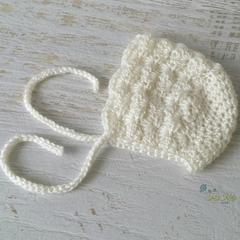 Vintage Cream Hand Crocheted Newborn Baby Bonnet Beanie Hat Photo Prop