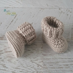 Fawn Newborn Crochet Baby Booties Shoes Socks Baby Reveal Pregnancy Announcement