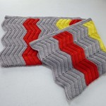 Chevron crochet baby blanket | grey, red, yellow | unisex | gift | baby shower