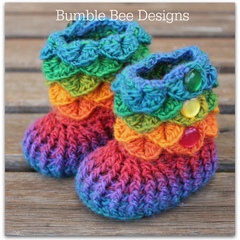 Crochet baby booties / crocodile stitch/ baby booty / size 6-12 mths  / rainbow