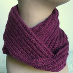Pure Wool Unisex Loop Scarf, Gift for Her/Him, Soft, Warm, Shiraz / Maroon