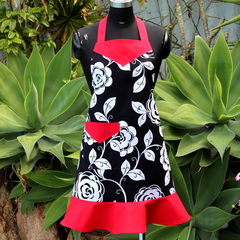 Stylish Ladies Apron In Floral Fabric