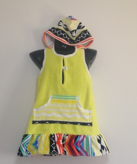 Size 8 Girls Beach Towel Dress/Pool Cover up