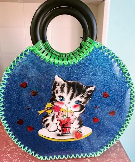 Vintage inspired cutesy kitten bag