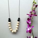 Beaded necklace, boho necklace, chunky necklace, everyday necklace, wooden beads