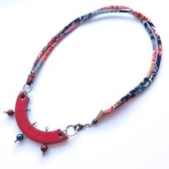 Oki Japanese kimono fabric necklace