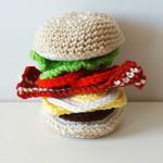 Burger play set - crochet play food - imagination - let's pretend!