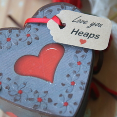 30 Love You Heaps Gift Tags ~ Valentine's Day Tags ~ Cake Box/Florist Gift Tags