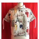 Retro Paris printed top with adjustable short sleeves. Size L  AU Size 14/16.
