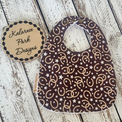 """Horse Shoes"" on Brown