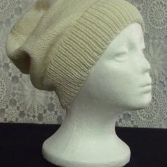 Unisex adult hand knit Slouchy-beanie Stellar 3/4
